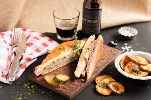 LC sandwich